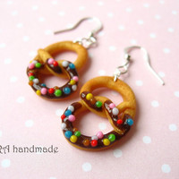 Realistic pretzel earrings with sprinkles