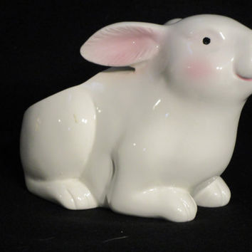 White Rabbit Planter, Vase by Inarco, Easter Decor, Country Kitchen  (1185)  ***