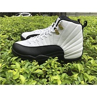 AR Air Jordan 12 Taxi, black and white gold buckle color