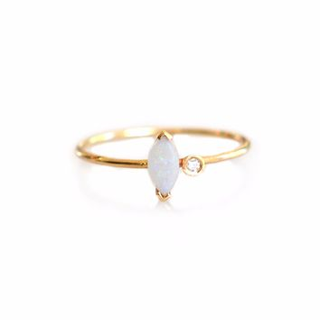 14kt Gold Opal and Diamond Stella Ring