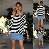 Women Casual Stripe Middle Sleeve Bat Sleeve Round Neck T-shirt Tops