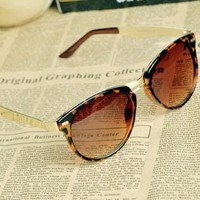 [dtrs 9840]Cat Eye OverSized Round Sunglasses