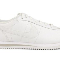 Nike Mens Cortez Basic Leather 06 Fashion Casual Sneaker