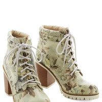 Dolce Vita Urban Floral Function Boot
