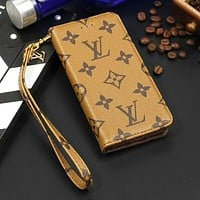 LV Louis Vuitton New fashion monogram tartan leather couple mobile phone case cover