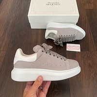 Alexander McQueen Casual Little white shoes
