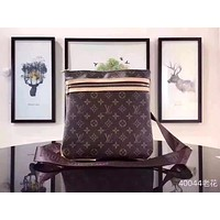 LV Louis Vuitton MEN'S MONOGRAM CANVAS CROSS BODY BAG