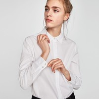 POPLIN SHIRT WITH CONTRASTING FAUX PEARLS DETAILS