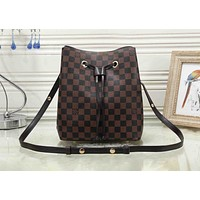 Louis Vuitton fashion women's  printing shoulder bag Messenger bag bucket bag 2#