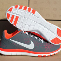 NIB-Nike Free Advantage Women's Running Shoes Sz 8