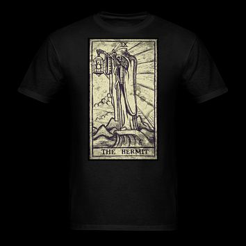 The Hermit Tarot Men's T-Shirt