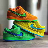 NIKE SB DUNK LOW PRO QS hot sale couple velvet low-top sneakers Shoes