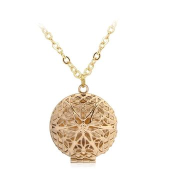 REYOW Ancient Gold Dreamcatcher Magnifier Locket Pendant Essential Oil Diffuser Aromatherapy Necklace