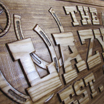Personalized family ranch Name Sign carved Custom western horse shoes plaque