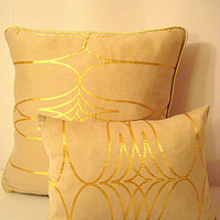 Luxury gold decor – Sparkly pillow 20x20 with gold piping