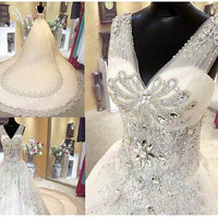 2014 Sexy Style Handmade-Manualdresses wedding dresses ball gown v-neck crystal tulle lace sweep train lace-up bridal dresses