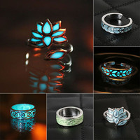 New Retro 5Style Silver Ring Glow In The Dark Become Blue Ring Carved Flower Mysterious Luminous Fluorescent Rings Jewelry Gift