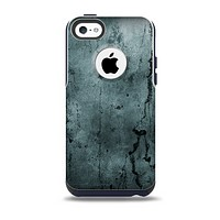 The Dark Blue Cracked Texture Skin for the iPhone 5c OtterBox Commuter Case