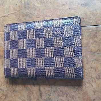 Louis Vuitton Passport cover in Damier Ebene with initials