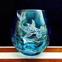 Crackle Wine Glass with Tribal Hammerhead Shark, hand etched