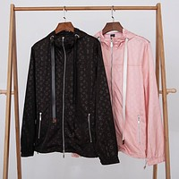 LV 2019 new classic old flower logo men and women models wild windbreaker jacket