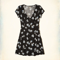 Girls Lace-Up Back Button-Front Dress | Girls Dresses & Rompers | HollisterCo.com