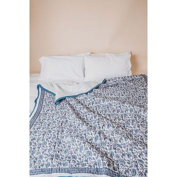 PROVENCE BLUE KING SIZE QUILT + PILLOW CASES