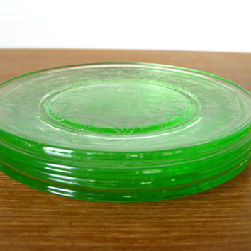 Mosser Glass heirloom quality Jennifer miniature dinner plates in green glass, retired