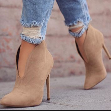 The new sexy and versatile gotop nude boots
