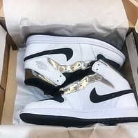 Air Jordan 1 Mid AJ1 Popular Men Casual Sport Running Shoes Sneakers White&Silvery