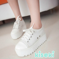 Chunky Flatform Shoes from Kiseki