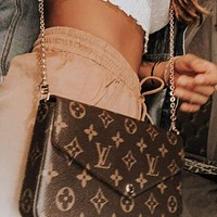 Louis Vuitton LV hot sale three-piece card bag chain bag satchel fashion lady street style shoulder messenger bag