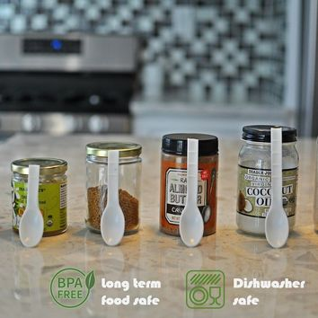 OneSpoon – The Spoon Redesigned To Fit Any Jar!