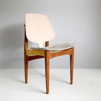 Dressed Danish Chair | Dsigndot