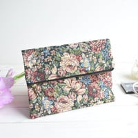 Floral fold over clutch, zipped clutch, foldover clutch, fold over purse, purse, bridesmaids clutch, wedding evening bag, faux leather