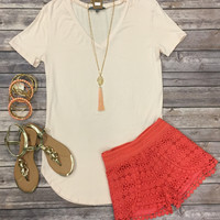 Vicky Basic V Tunic Top: Blush