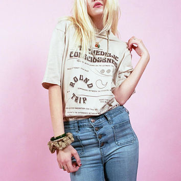 Psychedelic Trip Tee Graphic Tee ⋆ ILLEGAL TENDR ⋆ Beige ⋆ Vintage Inspired Oversized T-Shirt 70s Hippie Fashion Acid LSD Be Here Now