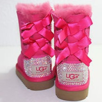 Children girls customised bailey bow ugg boots cerise pink.