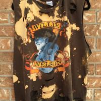 WILLIE NELSON t shirt, Grunge // super soft // country // distressed// bleached