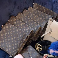 LV Trending Cosmetic Bag Handbag Men's Business Bag Louis Vuitton Classic Clutch Bag I/A