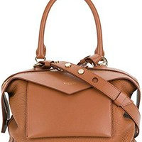 Givenchy Women's Bb5015b025217 Brown Leather Tote