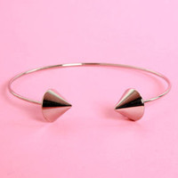Exclamation Points Silver Clutch Bracelet