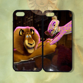 Alex and Gia Couple Case madagascar3-iPhone 5, iphone 4s, iphone 4, ipod 5, Samsung GS3-Silicone Rubber or Hard Plastic Case, Phone cover