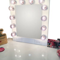 The Hollywood Vanity Makeup Mirror- Matte White