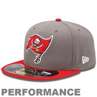 New Era Tampa Bay Buccaneers On-Field Performance 59FIFTY Fitted Hat - Pewter/Red