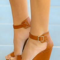 Elevate Me Wedge-Cognac