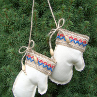 Christmas mittens. Christmas decorations. Christmas ornament. Hanging decoration.