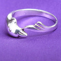 Circling Dolphin Ring, Stylish Sterling Silver Jewelry, Size 7, Good Vintage Condition, Nice Fashion Gift Idea! Free Shipping and Gift Box
