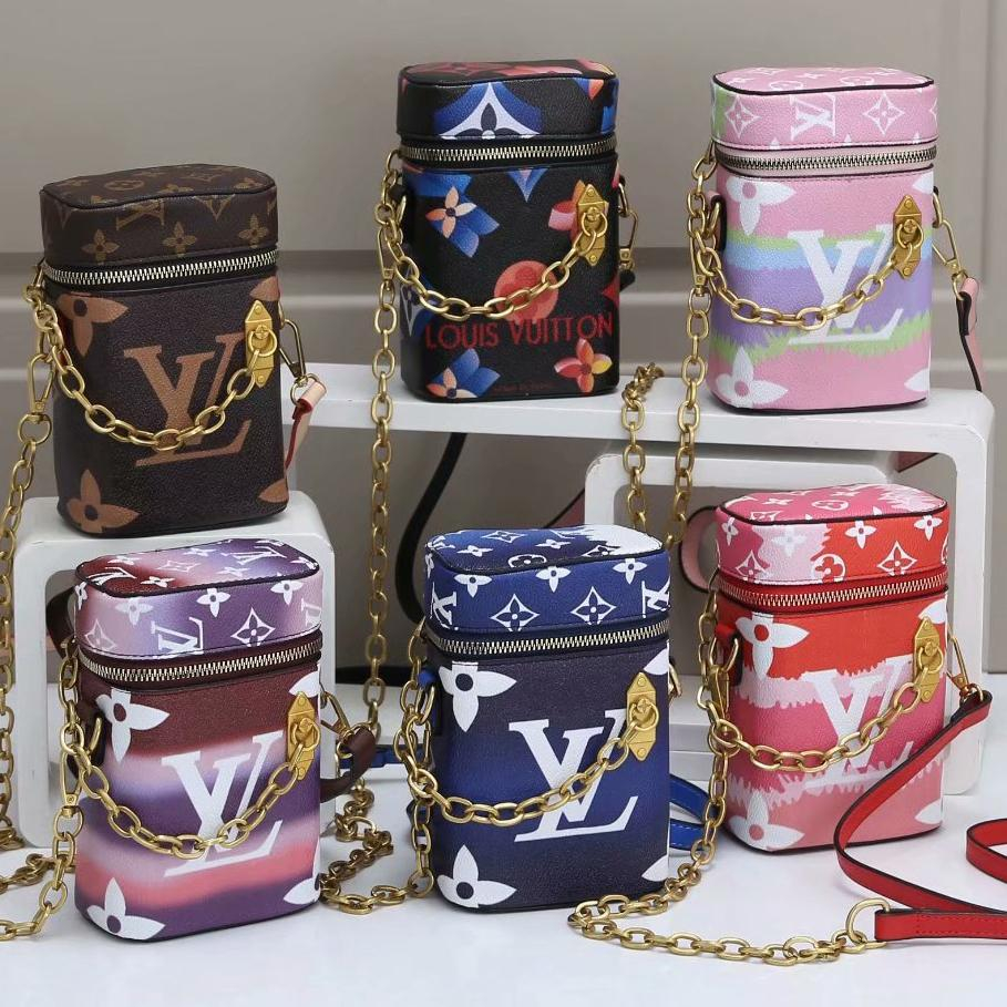 Image of Louis Vuitton Hot Sale Classic Color Printed Letters Ladies Chain Crossbody Bag Shoulder Bag Shopping Bag Cosmetic Bag