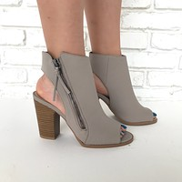 Makin' Moves Booties in Taupe
